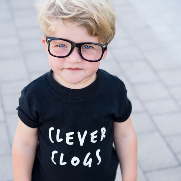 WHEN I GROW UP I WANT TO BE A CLEVER CLOGS TEE