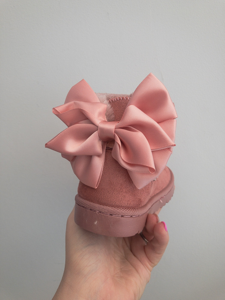 Itty Bitty Pink Bow Snuggle Boots
